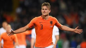 De Ligt podría ser presentado el sábado como nuevo jugador de la Juve