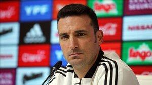 Lionel Scaloni es el téccnico de Lautaro con la selección argentina