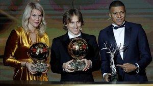 Los ganadores de los premios en la gala de París
