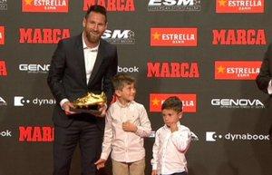 Los hijos de Messi entregaron al crack blaugrana su sexta Bota de Oro