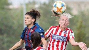 Nueva reunión de los clubes femeninos bajo la amenaza de huelga