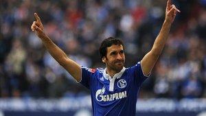 Raúl puede volver al Schalke 04