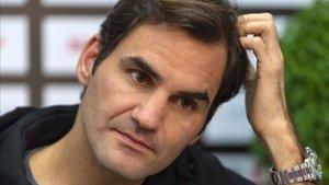 Roger Federer reconoce que no está al cien por cien