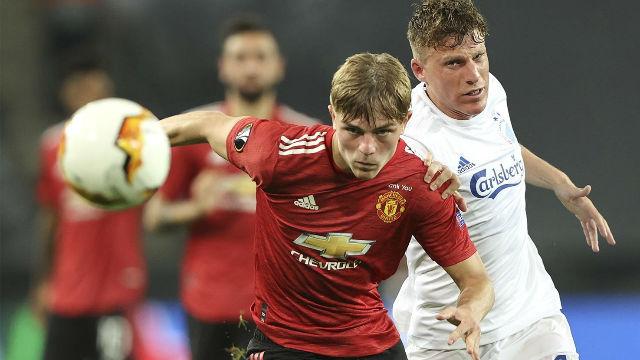 El United se cuela en semis sin brillo