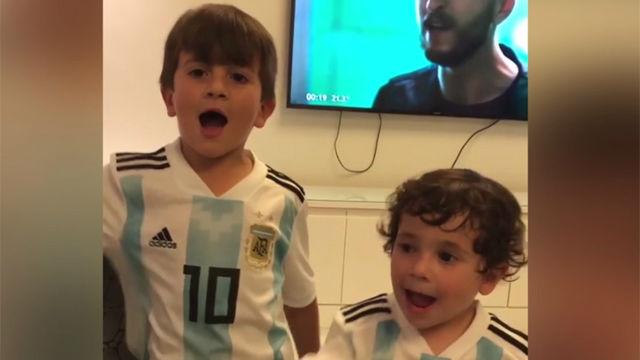 Así vivieron los hijos de Messi su hat-trick con Argentina