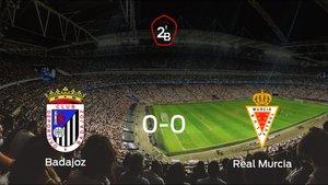El Badajoz y el Real Murcia se reparten los puntos tras empatar a cero