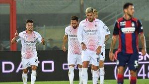 Brahim Díaz (izquierda) ya sabe lo que es marcar con el Milan