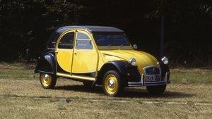El Citroën 2 CV Charleston cumple 40 años de historia (ES)