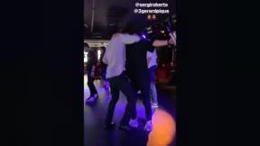 El divertido baile de Piqué y Sergi Roberto