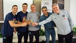 Dyego, Sergio Lozano, Andreu Plaza, Alberto Soler y Txus Lahoz, de celebración
