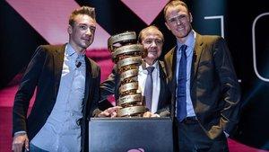 Froome y Viviani, en la presentación del Giro en Milán