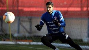 Gabriel Arias será el encargado de salvaguardar la portería chilena