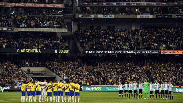 Gran ambiente para ver el Brasil - Argentina