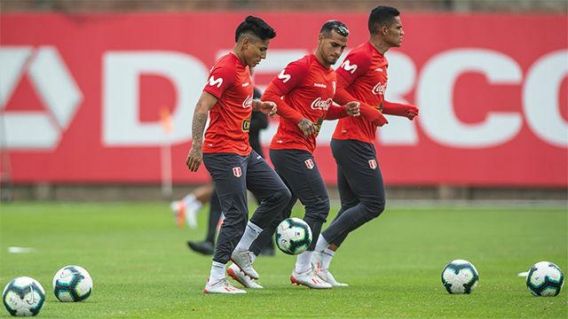 La llegada de Ballón y la recuperación de Farfán y Zambrano dejan listo a Perú