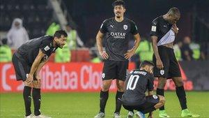 Los futbolistas del Al-Sadd, frustrados por la derrota