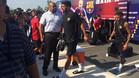 Neymar, bajando del autocar antes del entrenamiento