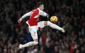 Özil no ha aceptado la oferta de renovación del Arsenal