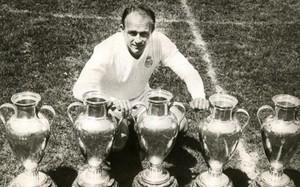 El Real Madrid de Di Stéfano es el único club que ha ganado cinco Copas de Europa seguidas