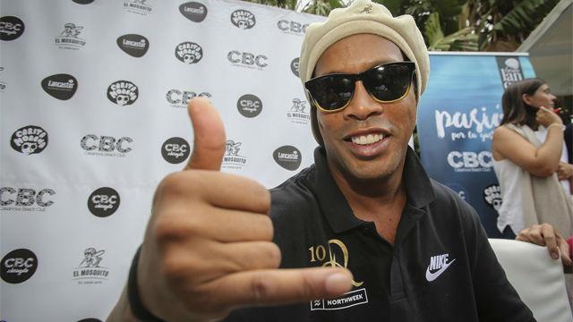 Ronaldinho: Me gustaría haber jugado con Coutinho