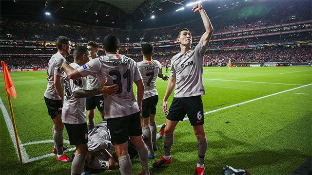El Shakhtar tira de pegada y deja fuera al Benfica