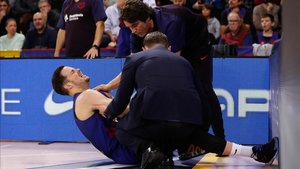 Thomas Heurtel, en el suelo con fuertes muestras de dolor