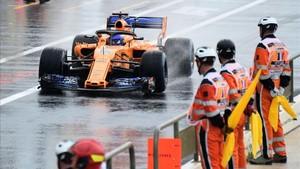 Fernando Alonso bajo la lluvia de Paul Ricard