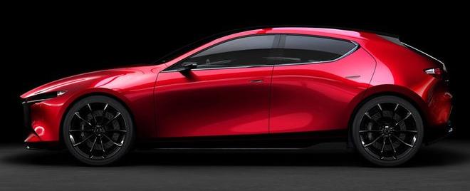 Mazda empieza a calentar la presentación del nuevo Mazda 3 (ES)