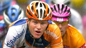 El exciclista Steven de Jongh sufrió un accidente en las carreteras de Girona