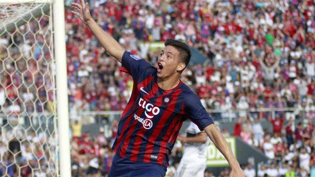 Fernando Ovelar hizo historia con este gol