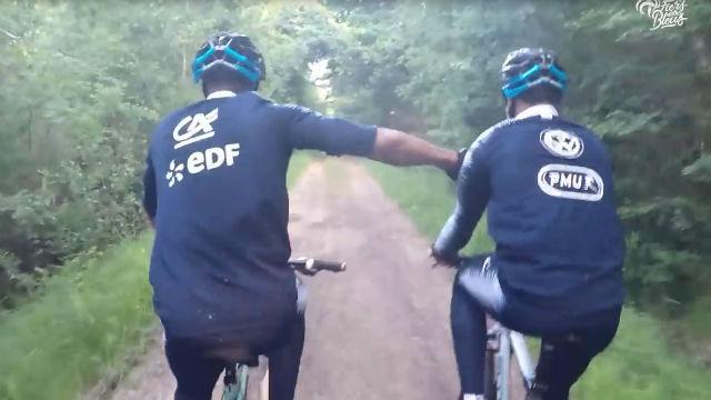 Francia disfrutó de un paseo en bici en su concentración