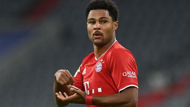 Gnabry se luce con un hat-trick en la victoria del Bayern