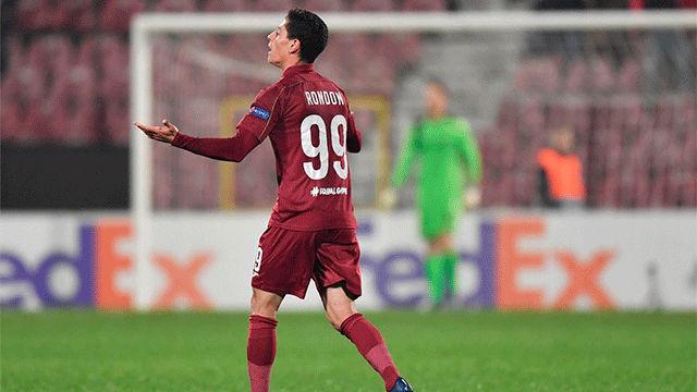 El gol de Mario Rondón que dio la victoria al Cluj frente al Rennes