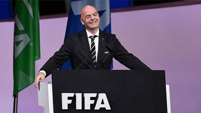 Infantino se emociona tras ser reelegido presidente de la FIFA
