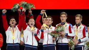 Los integrantes del equipo ruso celebran su victoria