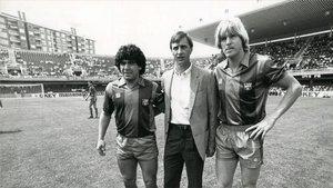 Maradona, junto a Cruyff y Schuster