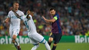 Messi, autor de dos goles, empezó a cumplir su promesa
