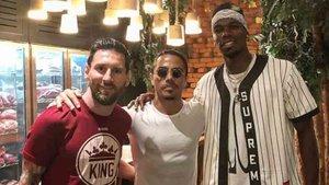 Messi, junto a Salt Bae y Paul Pogba