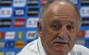 Scolari dimite como entrenador del Gremio