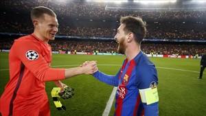 Ter Stegen le echó un cable a Messi para evitar males mayores