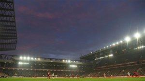 Visión parcial del estadio de Anfield durante el partido Liverpool-Manchester United de la Premier League 2019/20