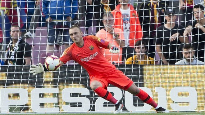 Linked Jasper Cillessen frustrated by Barcelona's €60m asking price