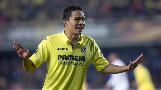 Carlos Bacca pasa la revisión médica en Villarreal
