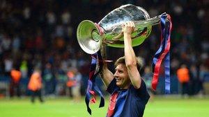 Leo Messi quiere revivir la dulce sensación de levantar la orejona