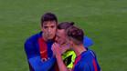 Los jugadores del Barça B consolando a los del Eldense