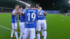 Los jugadores donostiarras celebrando el tanto del brasilero
