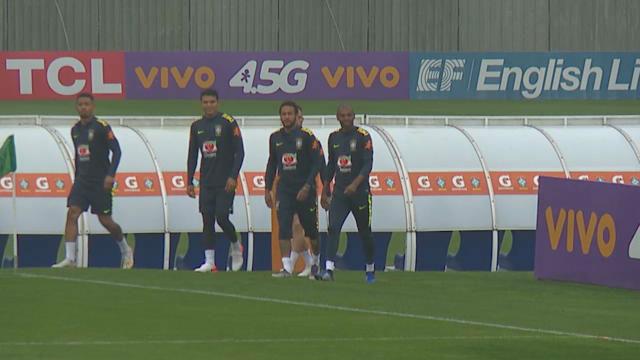 Neymar entrena rodeado de problemas extrafutbolísticos