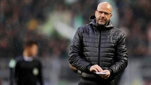 Peter Bosz fue despedido por el Borussia Dortmund