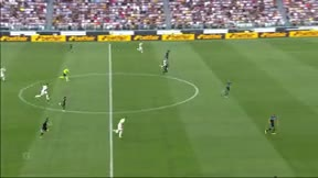 ¡Qué golpeo! Así golea Miralem Pjanic con la Juventus