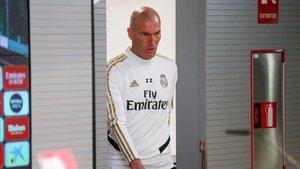 Zidane no asegura que siga el año que viene en el banquillo del Madrid