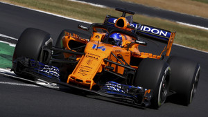 Fernando Alonso durante la carrera en Silverstone.